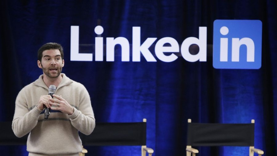 """LinkedIn CEO Jeff Weiner says the biggest skills gap in the US is not coding"""